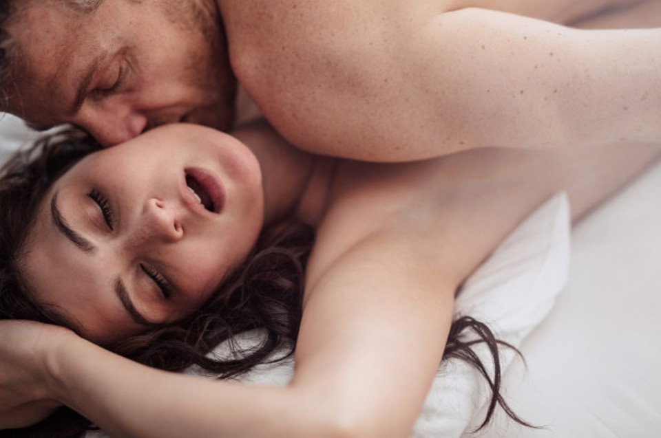 4-reasons-why-morning-sex-is-good-for-your-health